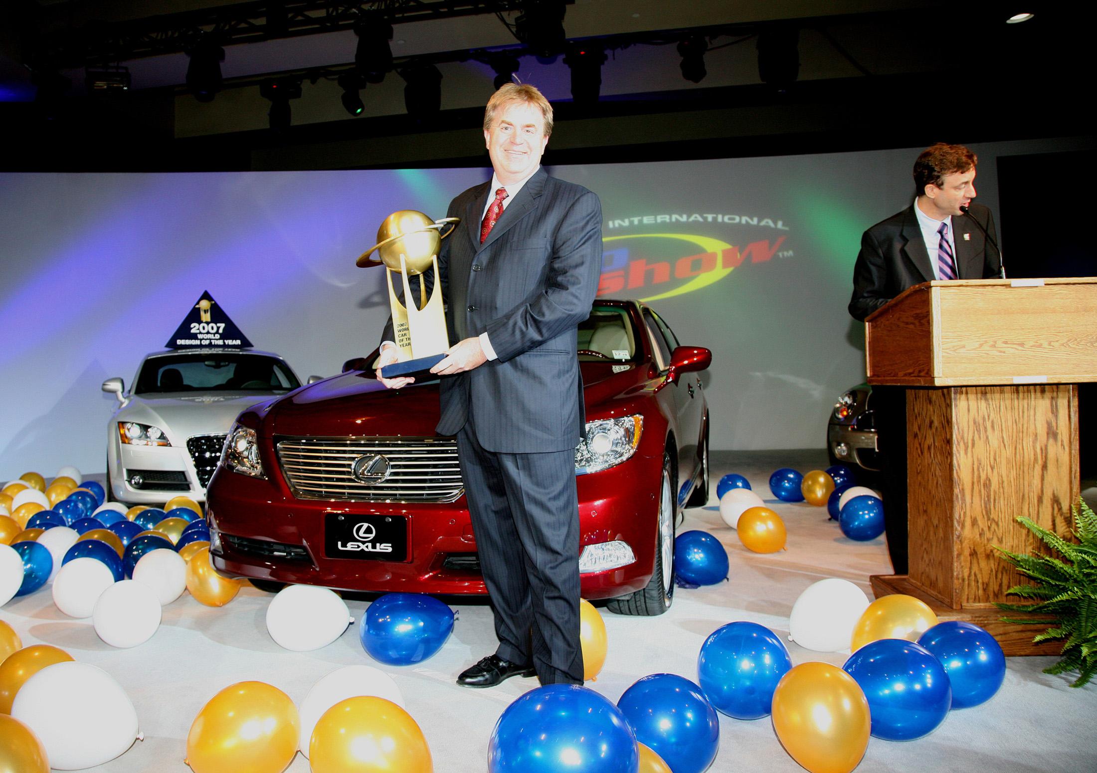 http://www.wcoty.com/upload/images/image_49_Lexus_Bob_Carter_2007_WCotY_award_LS460_b.JPG